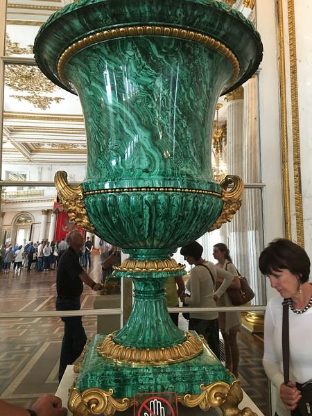 Malechite vase, Hermitage