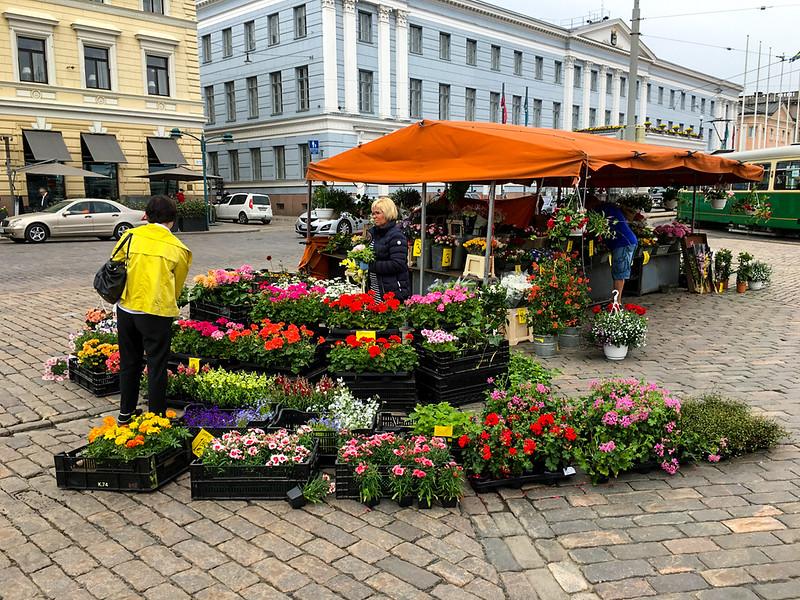 Street vendors, Helsinki