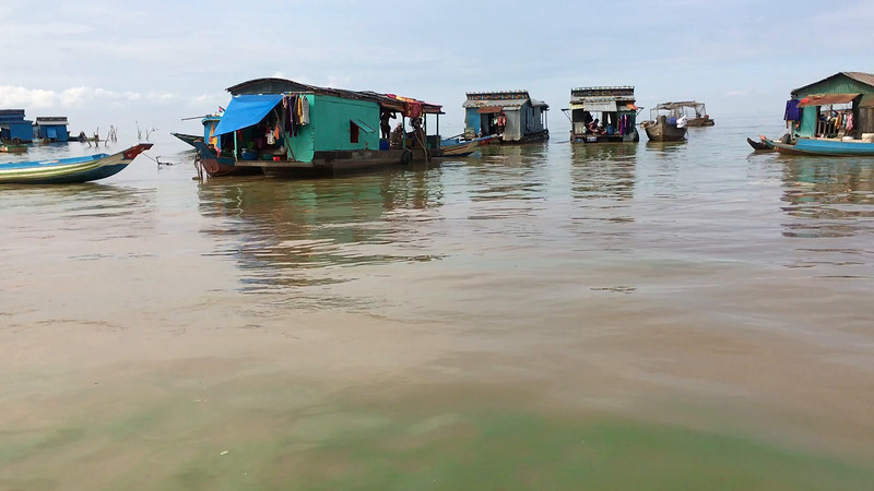 trip through the floating village on the Tonle Sap reservoir in Laos