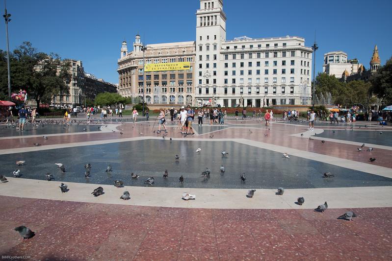Plaça de Catalunya - central square in Barcelona