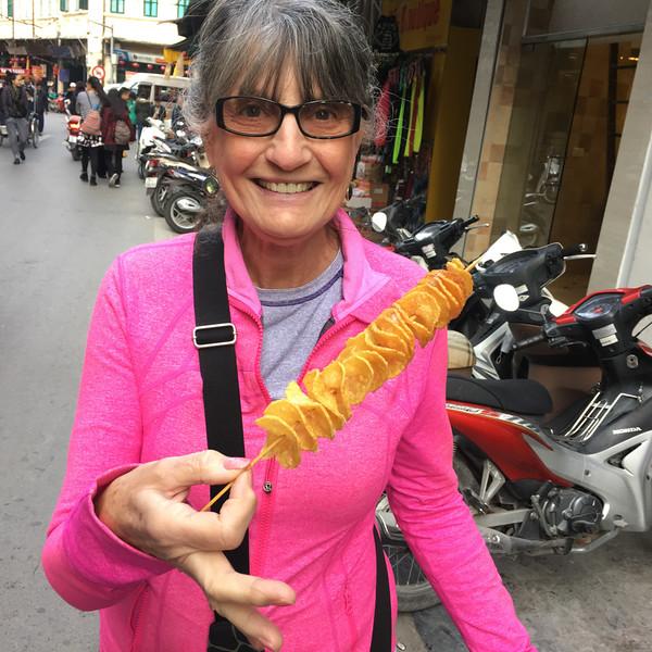 Hanoi - spiral fried potatoes