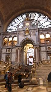 2011 - Antwerpen - Train Station