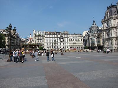 2011 - Paris