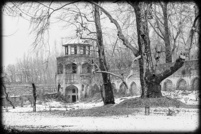Decaying public garden in winter in Srinagar