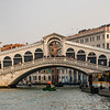 In winter, the Rialto Bridge area is far less crowded than during the high season.