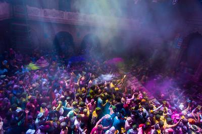 Vrindavan celerates Holi in full color.