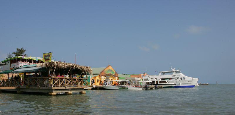 8 Belize 2528