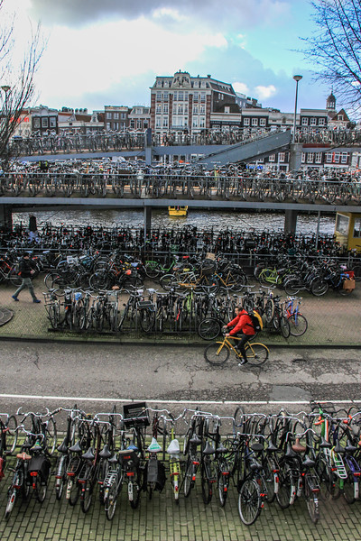 Bicycle parking 'spaces' near Amsterdam Centraal: Bike flat: 2,700 Bike platform: 1,120 Bike boat: 370 Supervised storage: 1,860 Racks (including in District of Noord): 2,750 Total: 7,800