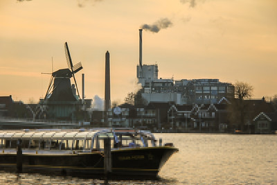 Mills old and new in Holland