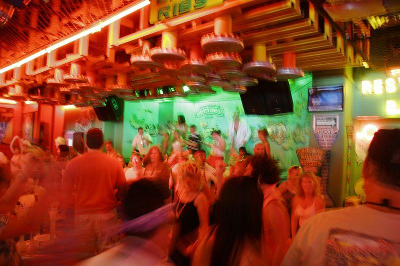 Cozumel 02-Mar-2005- 2441