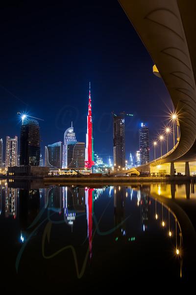 Burj Khalifa LED light painting - Oman flag