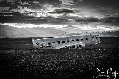 B&W - DC3 crash site in South Iceland