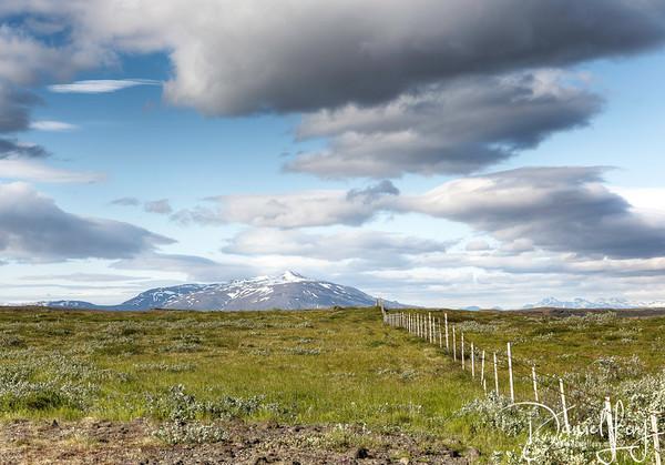 Approaching Gullfoss