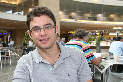 Myself, in Ben Gurion Airport, waiting for the boarding time.