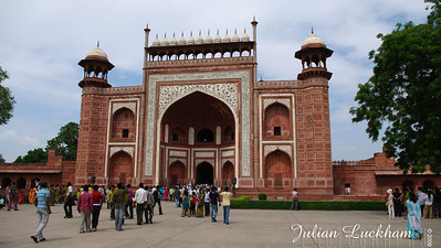 The Great Gate or Darwaza, the main entrance to the Taj Mahal