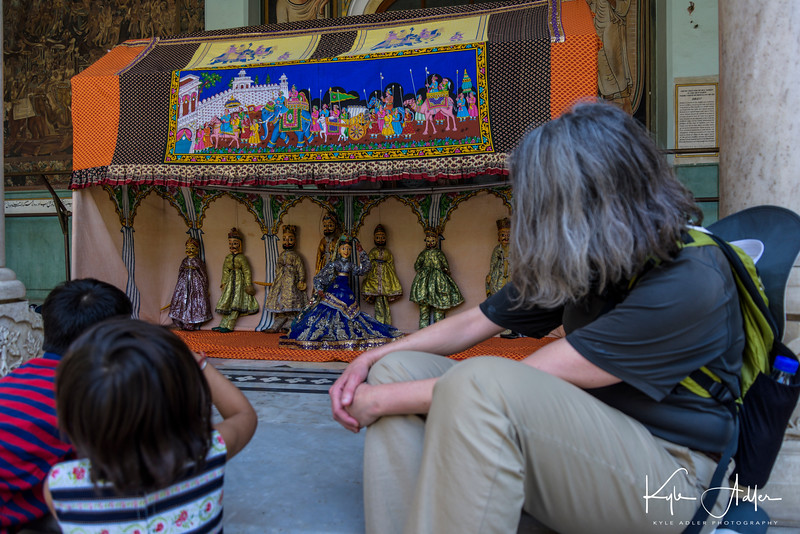 Jaipur's Albert Hall Museum contains local art and artifacts, housed in a British style mansion.  In the courtyard, we were treated to a puppet show.