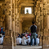 A school field trip to Qutab Minar.