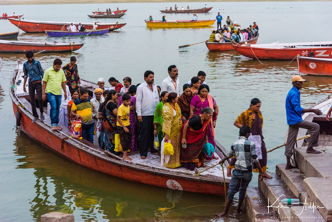 Hindu pilgrims on the Ganges.