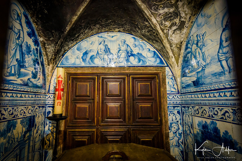 A vault inside Lisbon Cathedral is decorated with the traditional painted blue tiles, or azulejos.