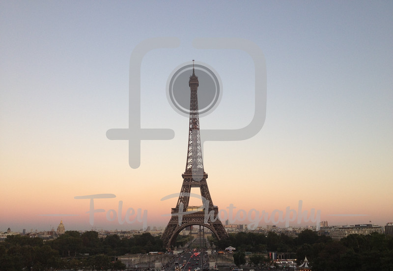 Late afternoon picture of the Eiffel Tower
