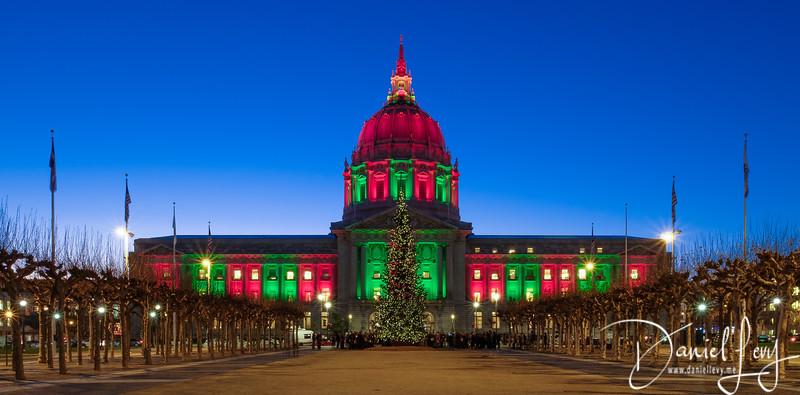 San Francisco City Hall at Christmas