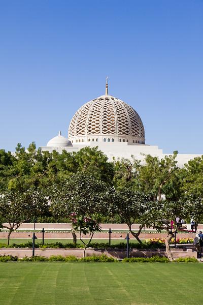 Sultan Qaboos Grand Mosque, Muscat, Oman.