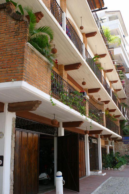 Puerta Vallarta - (10)