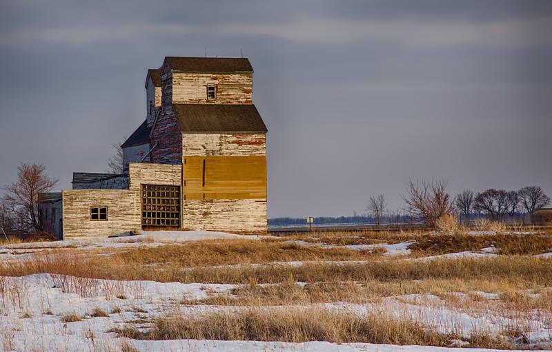 Abandoned Mondry Grain Company Elevator