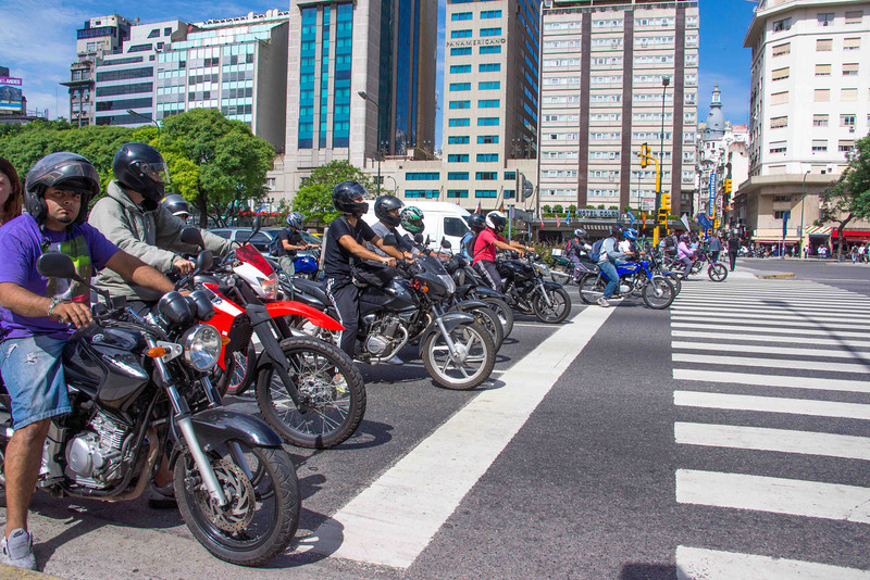 Traffic in BA is anarchic, chaotic and dangerous. At the lights motor cycles filter to the front and a drag race ensues a little before the signal turns green.