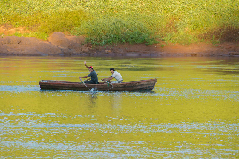 Wonderful evening light and some Argentine fishermen on their way home.
