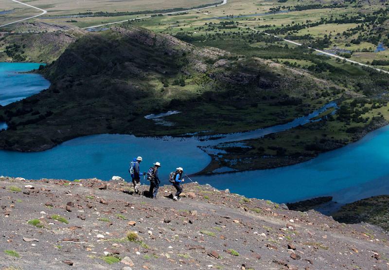 The descent form Mirador Lago Toro