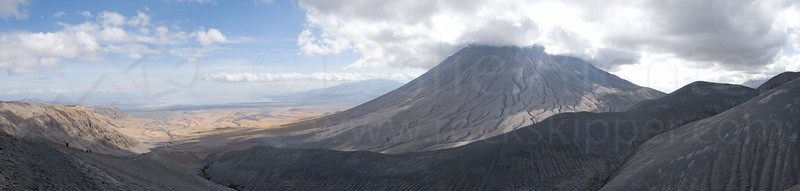 Oldoinyo Lengai panorama.