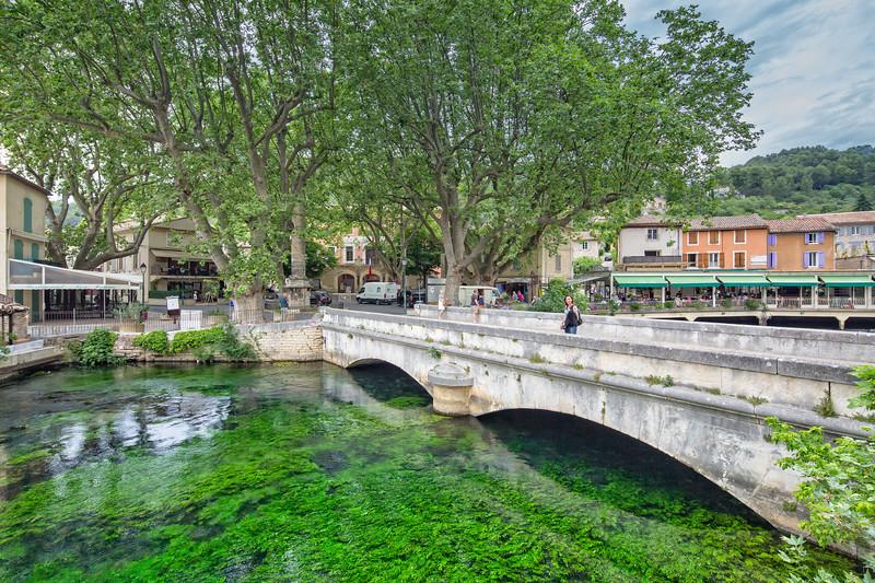 Bridge in Fontaine de Vaucluse
