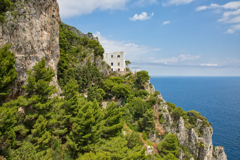 Traditional italian house situated on a cliff