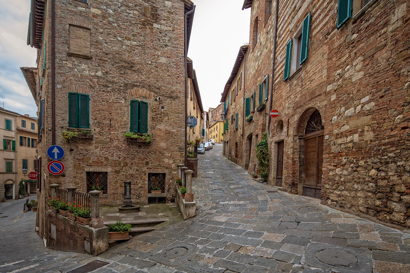 Street and houses in Montepulciano.