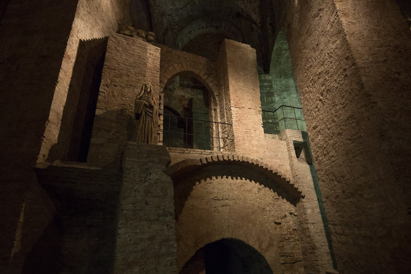 Underground tunnels and chambers in Perugia historic quarter