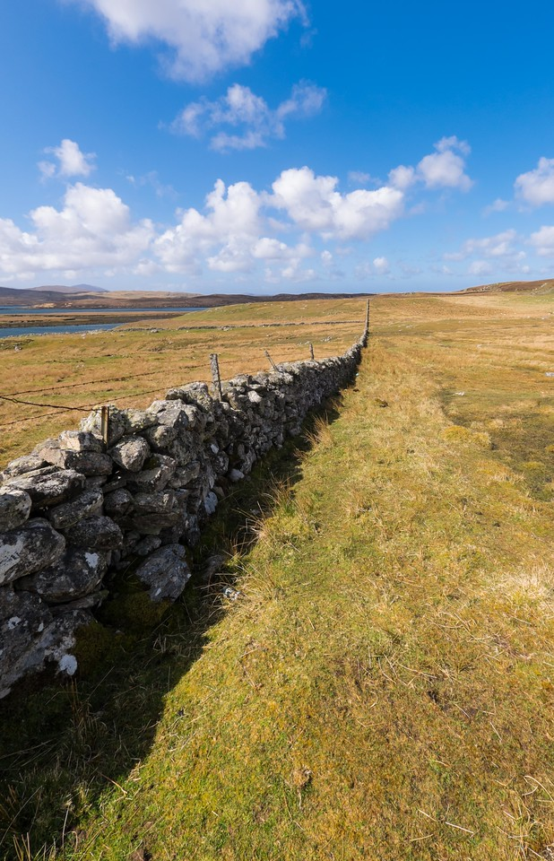 Dry stone wall at Callanish