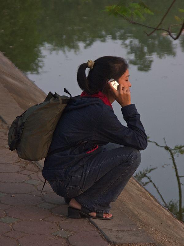 Girl on phone_1060_72dpi