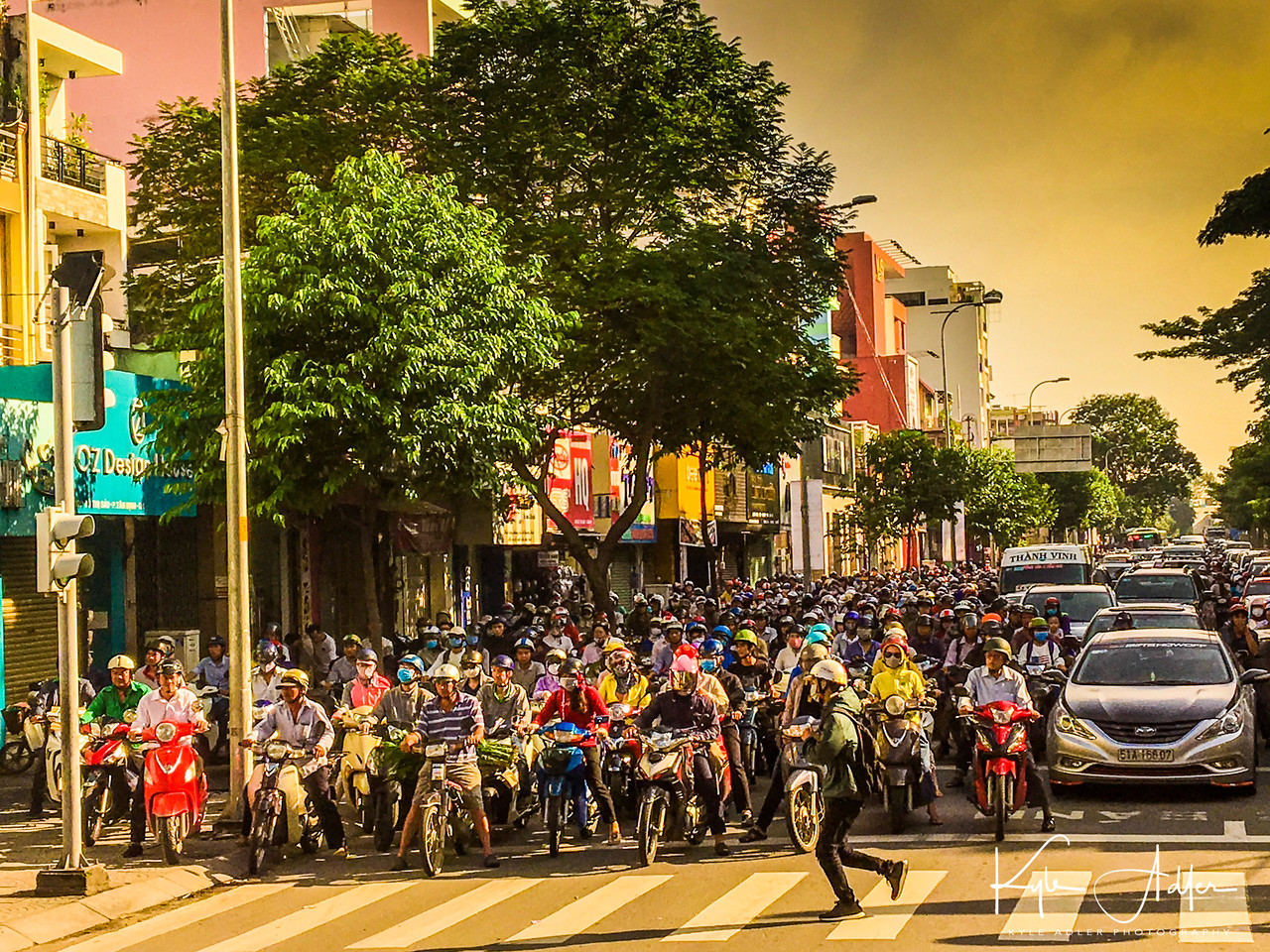 A last glimpse of the indescribable Saigon street life before heading to the airport to fly home.