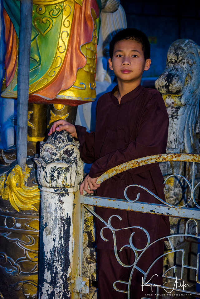 A young Buddhist monk-in-training.