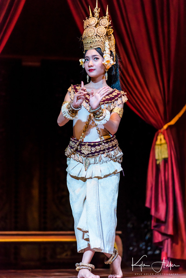 I arranged a visit to a performance of traditional Cambodian Apsara dance.  In the days of Khmer empire, only the king and queen were allowed to see these dances.