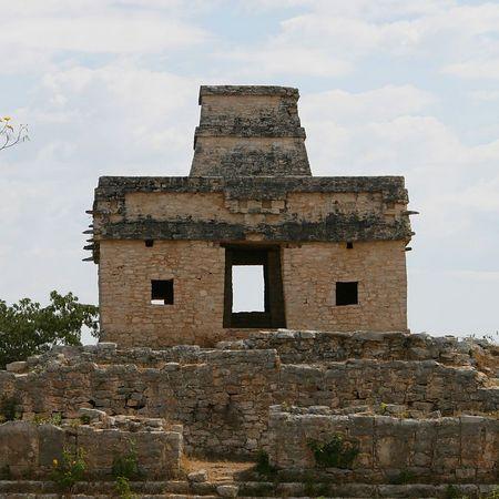 1 Dzibilchaltun Ruins 01-Mar-2005- 2093