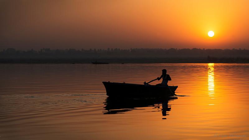 Sunrise Boatman<br /> <br /> Varanasi, India