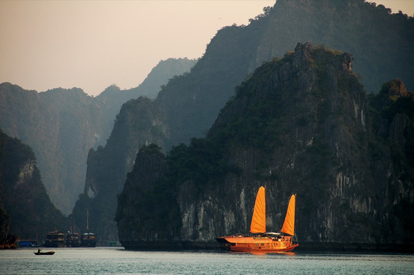 Chinese-Style Junk Boat - Halong Bay, Vietnam