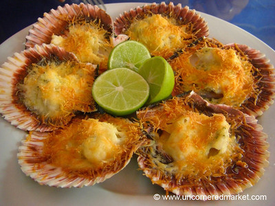 Conchitas a la Parmesana - Lima, Peru