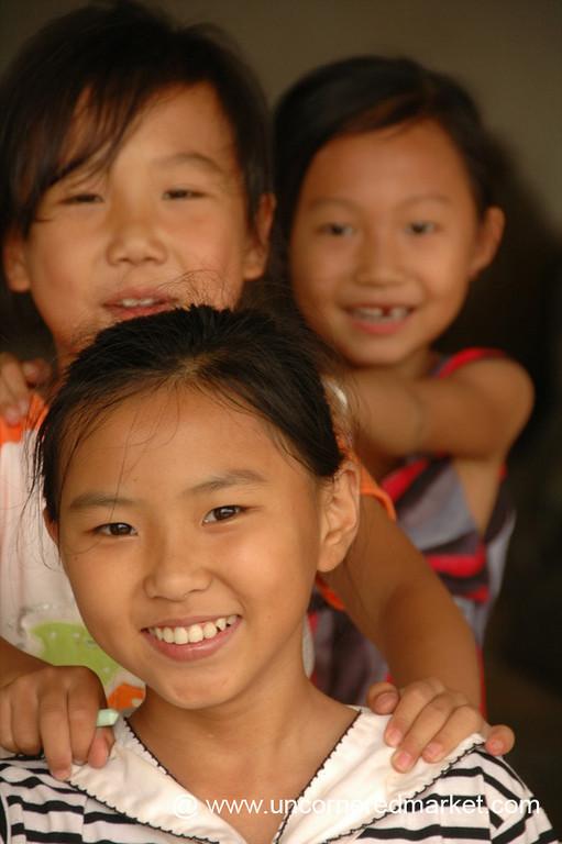 Chinese Girls - Xishuangbanna, China
