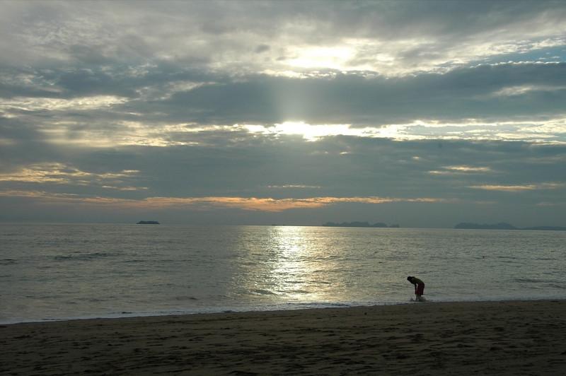 Long Beach Sunset - Ko Lanta, Thailand
