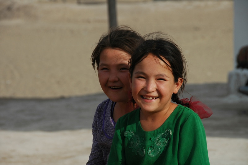 Laughing Sisters - Jerbent, Turkmenistan