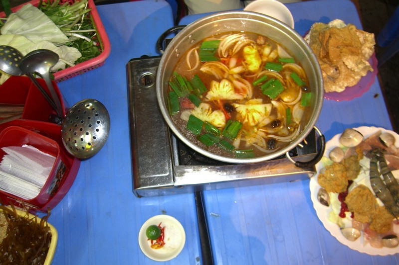 Lau (Hot Pot) - Hanoi, Vietnam