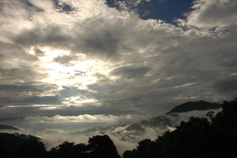 Xinjie Morning Light - Yunnan, China